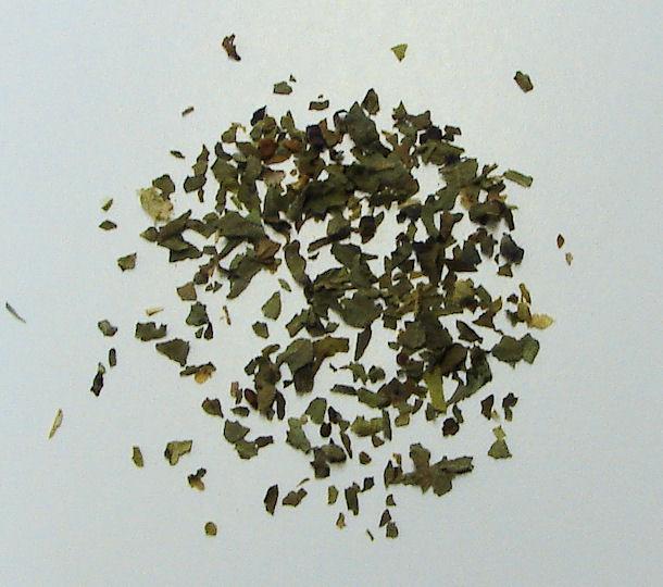 basil, organic, (cut and sifted leaf)